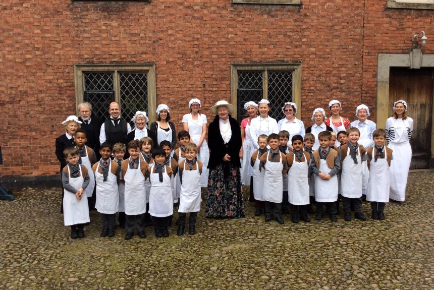 Year 1 visit to Dunham Massey Hall - 1A