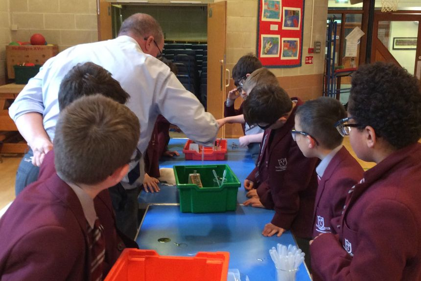 Year 5 Science Workshop with King's Macclesfield
