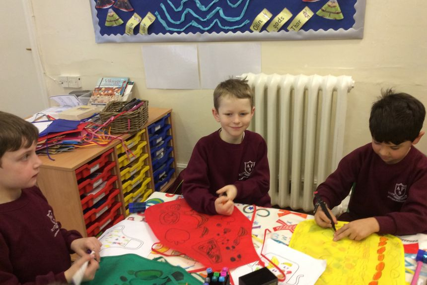 2BH make aprons to wear whilst preparing healthy foods.