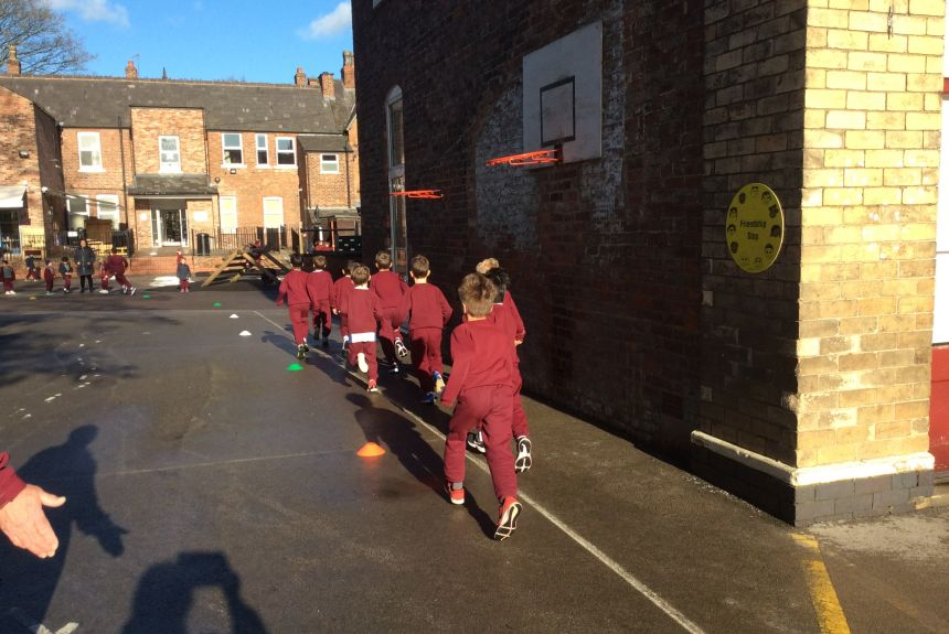 Year Two put their best foot forward in their Daily Mile Challenge!