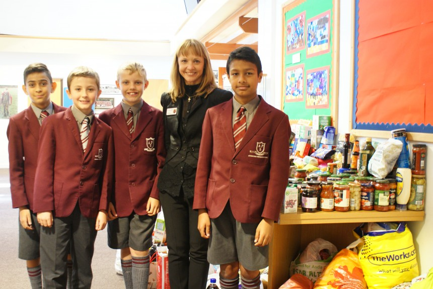 Harvest Assembly helps feed needy at Christmas